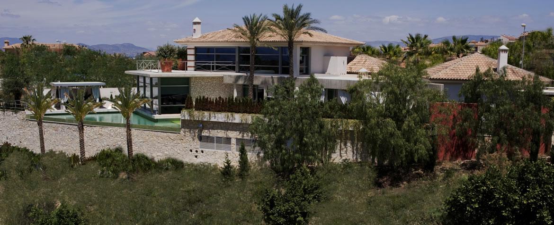 DSC233117R Residencia sobre un green de golf