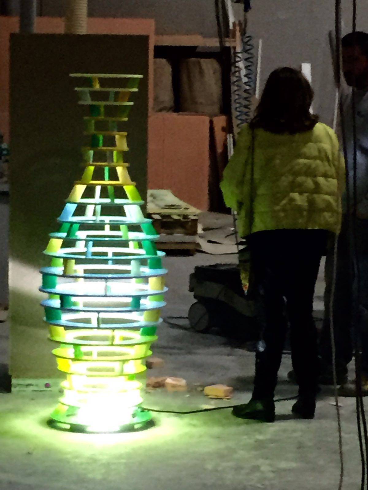 Escultura MUHER Philips Hong Kong 5 [:es]Muher crea una escultura Feng Shui para la sede de Philips en Hong Kong[:]