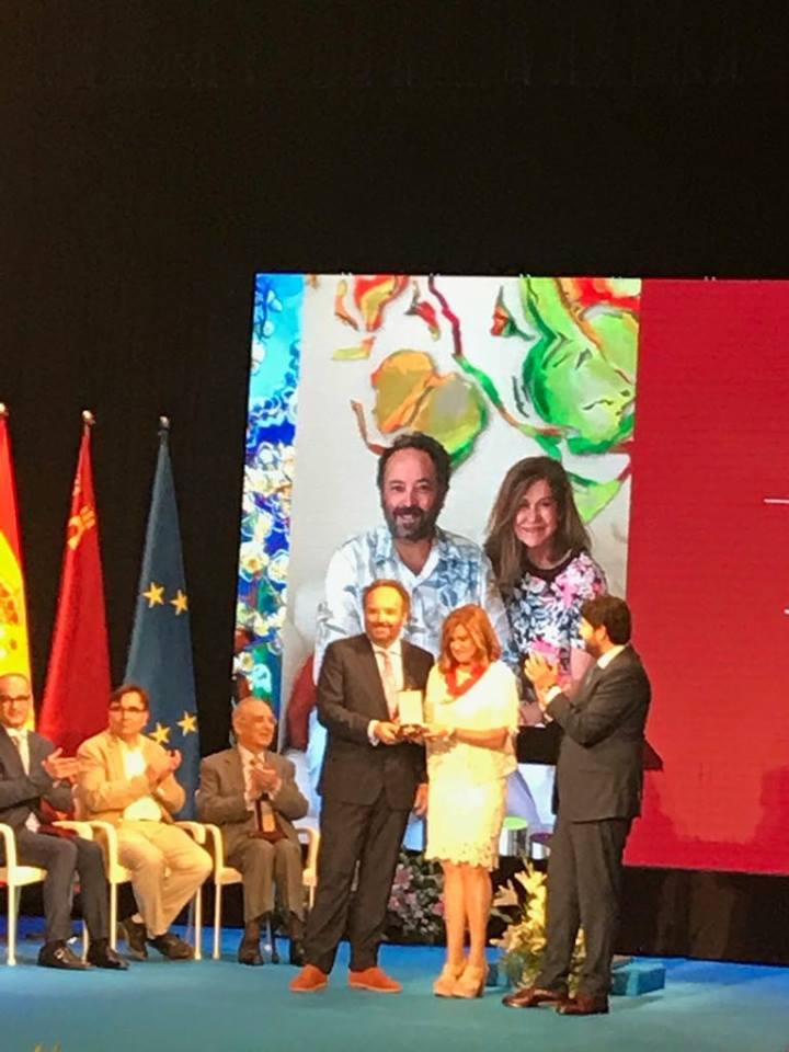 19029328 1188671287909477 3754981376553605158 n Gran acogida en Prensa de la Medallas de Oro de la Región de Murcia entregada a MUHER