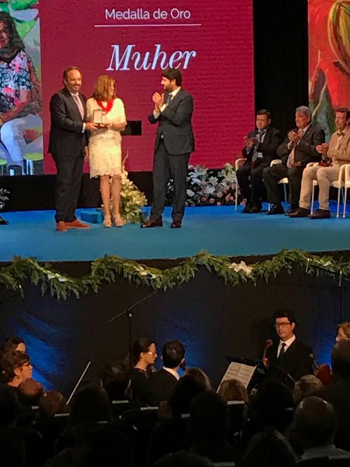19029538 1188674727909133 2247016365569386596 n Gran acogida en Prensa de la Medallas de Oro de la Región de Murcia entregada a MUHER